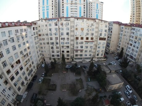 7 otaqlı yeni tikili - Nizami m. - 450 m²