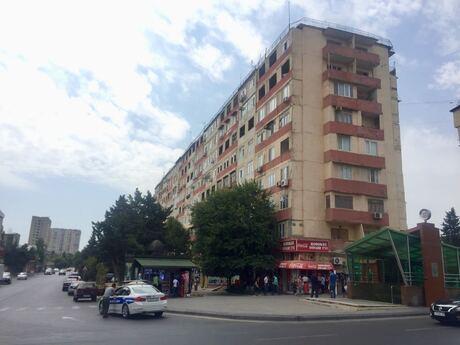 4 otaqlı köhnə tikili - Azadlıq Prospekti m. - 120 m²