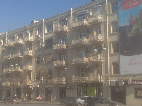 4-комн. вторичка - Насиминский  р. - 110 м²