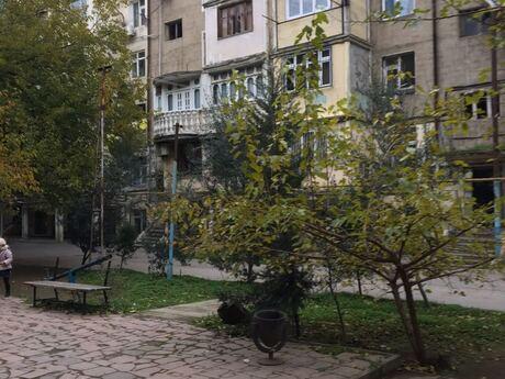 1 otaqlı köhnə tikili - Binəqədi r. - 35 m²