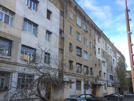 4 otaqlı köhnə tikili - Qara Qarayev m. - 90 m²