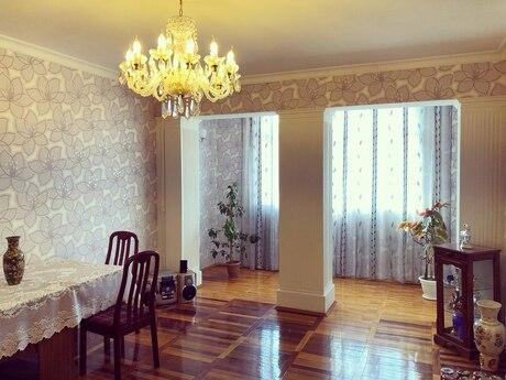 3 otaqlı köhnə tikili - Nərimanov r. - 100 m²