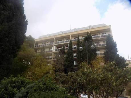 2 otaqlı köhnə tikili - İçəri Şəhər m. - 74 m²