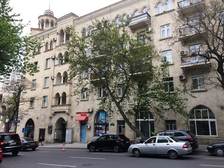 2 otaqlı köhnə tikili - 28 May m. - 67 m²