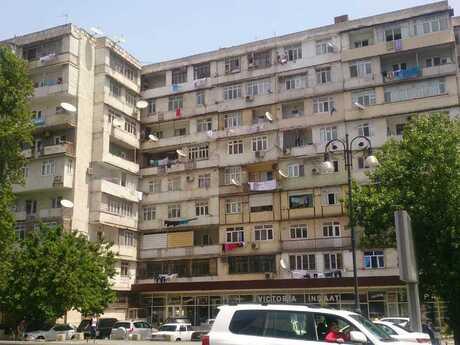3-комн. вторичка - м. Гянджлик - 56 м²