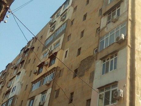 4 otaqlı köhnə tikili - Dərnəgül m. - 101 m²