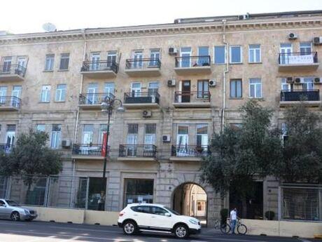 4 otaqlı köhnə tikili - Sahil m. - 170 m²