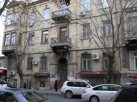 6 otaqlı köhnə tikili - İçəri Şəhər m. - 350 m²