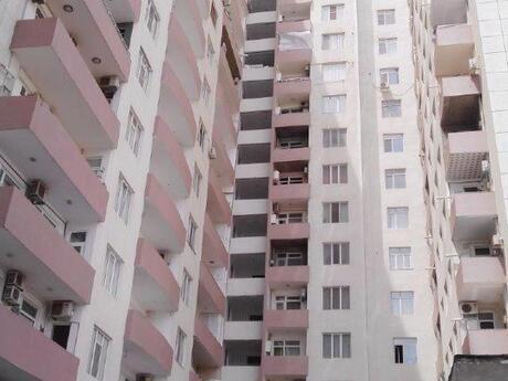 2-комн. новостройка - м. Нефтчиляр - 84 м²