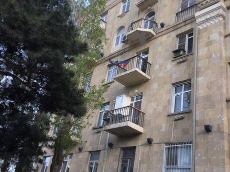 3 otaqlı köhnə tikili - İçəri Şəhər m. - 85 m²
