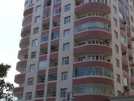 4 otaqlı yeni tikili - Elmlər Akademiyası m. - 174 m²