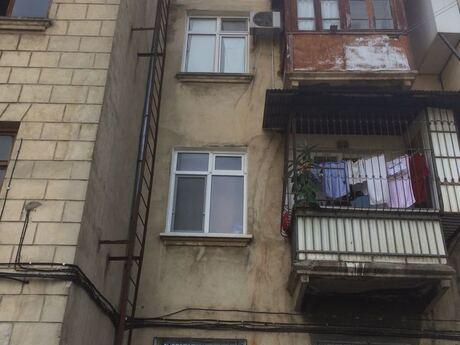 2 otaqlı köhnə tikili - Qara Qarayev m. - 51 m²