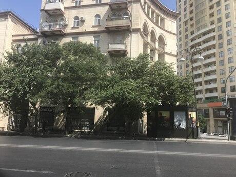 2 otaqlı köhnə tikili - İzmir parkı  - 60 m²