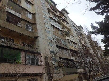 3 otaqlı köhnə tikili - Bakıxanov q. - 50 m²