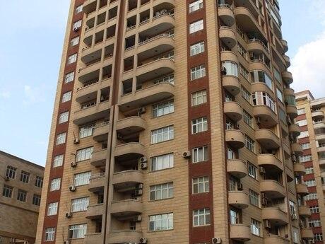 4-комн. новостройка - м. Эльмляр Академиясы - 196 м²