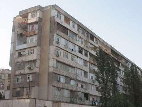 5 otaqlı köhnə tikili - Yeni Günəşli q. - 100 m²