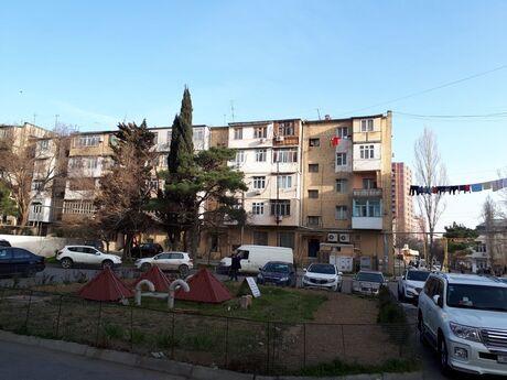 2 otaqlı köhnə tikili - Qara Qarayev m. - 52 m²