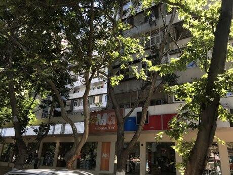 3 otaqlı köhnə tikili - Nərimanov r. - 77.1 m²