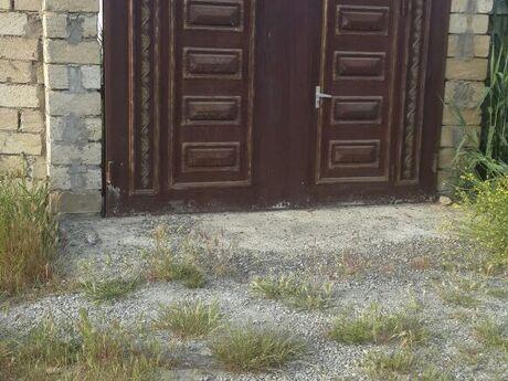 Qaraj - Saray q. - 1.5 m²