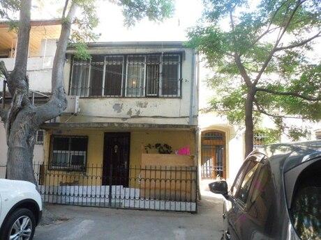 3 otaqlı köhnə tikili - Sahil m. - 70 m²