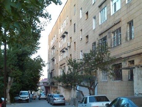 3 otaqlı köhnə tikili - Qaraçuxur q. - 60 m²