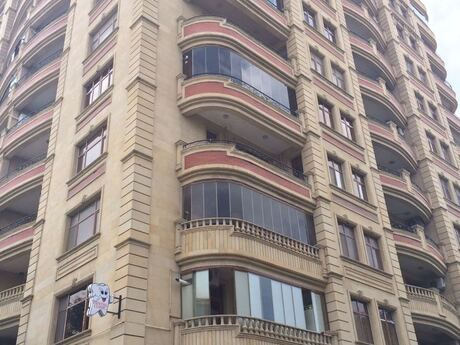 3-комн. новостройка - м. Нариман Нариманова - 140 м²
