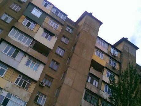 3 otaqlı köhnə tikili - Əhmədli q. - 86 m²
