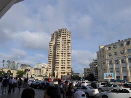 4-комн. новостройка - м. 28 мая - 170 м²
