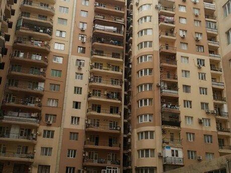 1 otaqlı yeni tikili - İnşaatçılar m. - 62 m²