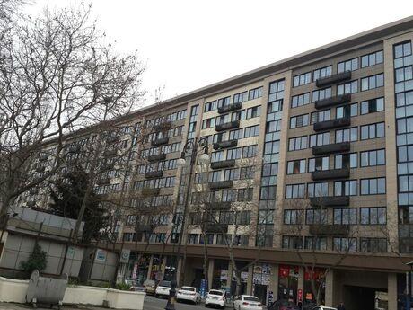 4-комн. вторичка - м. Проспект Азадлыг - 110 м²