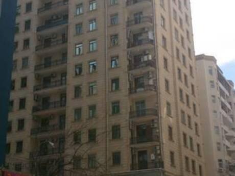 3-комн. новостройка - м. Низами - 126 м²
