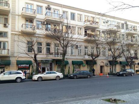 2 otaqlı köhnə tikili - Səbail r. - 50 m²