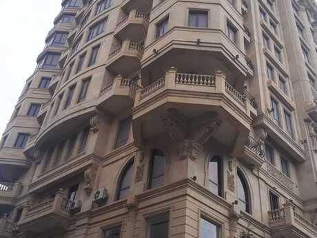 3-комн. новостройка - м. Ичери Шехер - 174.3 м²