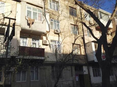 2 otaqlı köhnə tikili - Yasamal r. - 57 m²