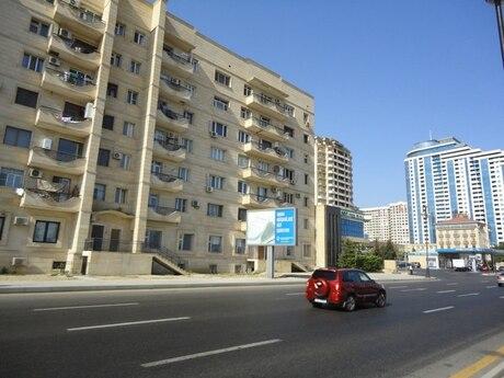 3 otaqlı köhnə tikili - Şah İsmayıl Xətai m. - 85 m²