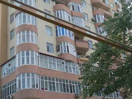 1 otaqlı yeni tikili - İnşaatçılar m. - 107 m²