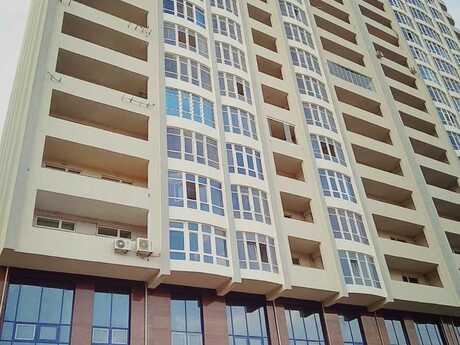 3-комн. новостройка - м. Шах Исмаил Хатаи - 70 м²