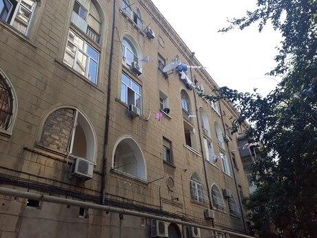4-комн. вторичка - м. Нариман Нариманова - 90 м²