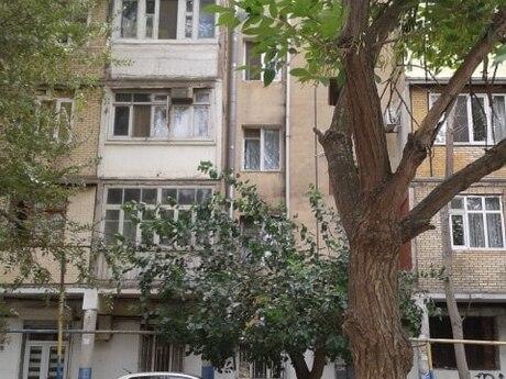1 otaqlı köhnə tikili - Neftçilər m. - 31 m²