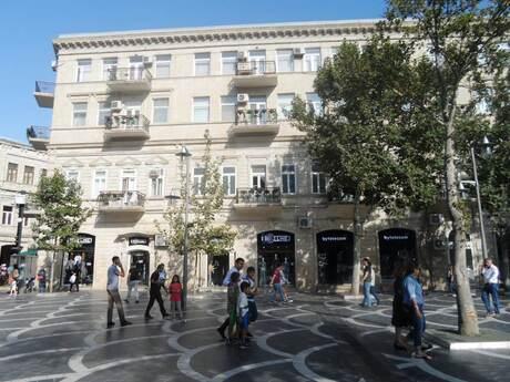 4 otaqlı köhnə tikili - Sahil m. - 130 m²
