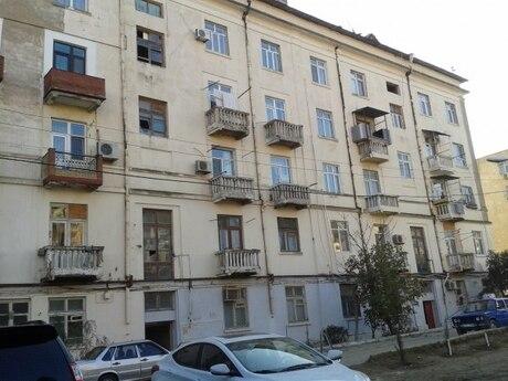 3 otaqlı köhnə tikili - Elmlər Akademiyası m. - 110 m²