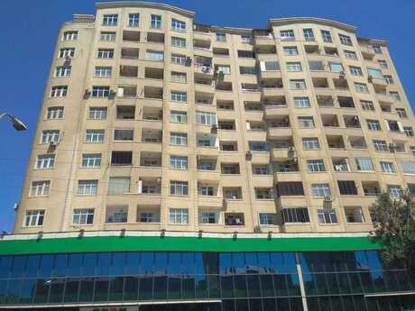 3-комн. новостройка - м. Нефтчиляр - 141 м²