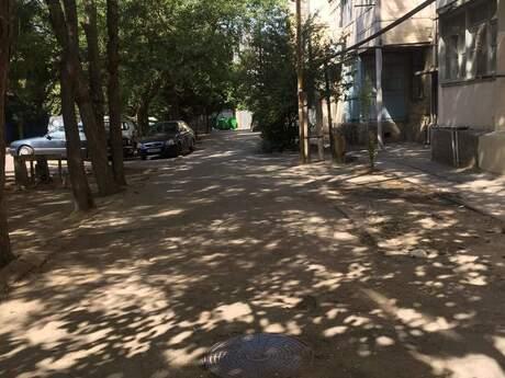 1 otaqlı köhnə tikili - Biləcəri q. - 36.6 m²