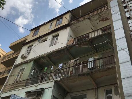 3 otaqlı köhnə tikili - Nizami m. - 78 m²