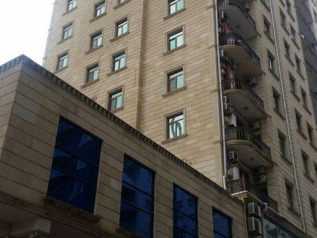 4-комн. новостройка - Ясамальский р. - 195 м²