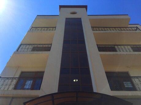 3-комн. новостройка - пос. Бакиханова - 132 м²
