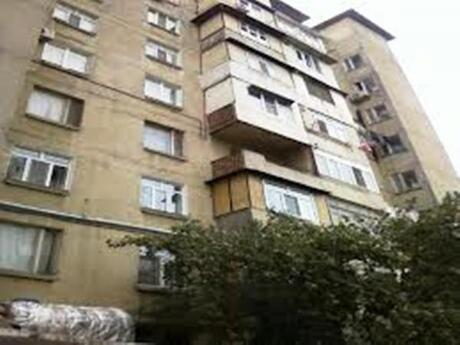 5 otaqlı köhnə tikili - Şah İsmayıl Xətai m. - 115 m²