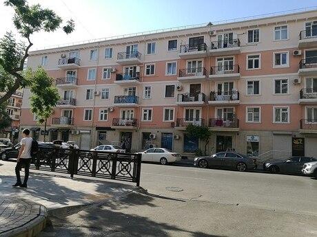 3 otaqlı köhnə tikili - 28 May m. - 66 m²