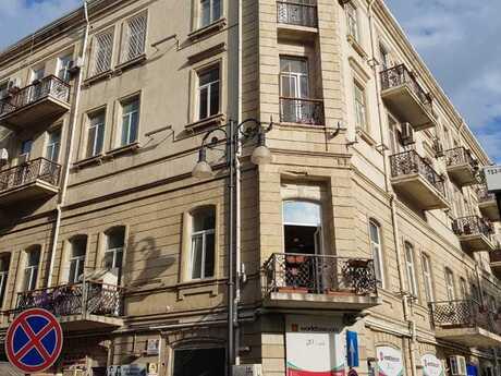 4 otaqlı köhnə tikili - 28 May m. - 115 m²