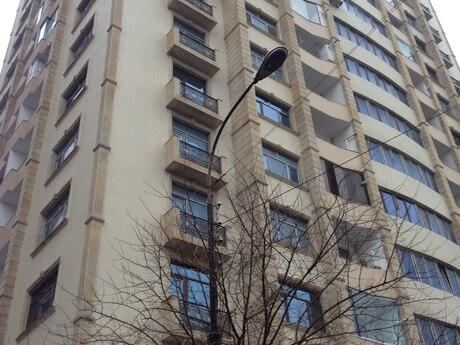 2-комн. новостройка - м. Гянджлик - 100 м²